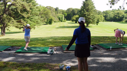 Picture of Getting in the Game SESSION III - Fast Track Beginner Golf for Women | Thursdays: June 15, 22, 29 [SOLD OUT]